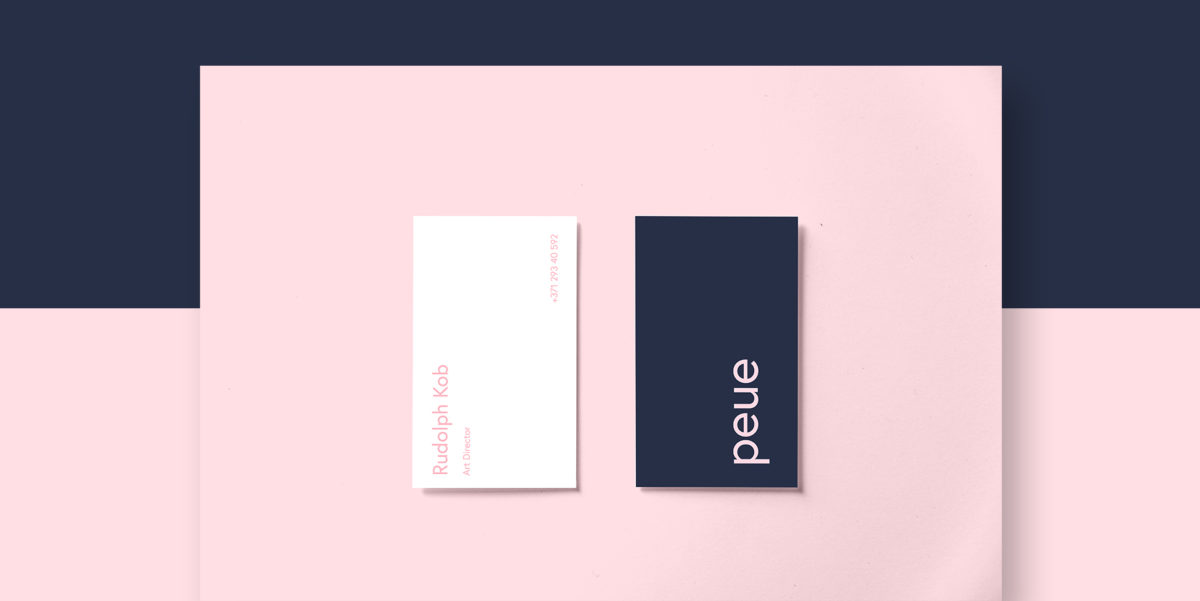 Peue – Realistic Business Card Mockup